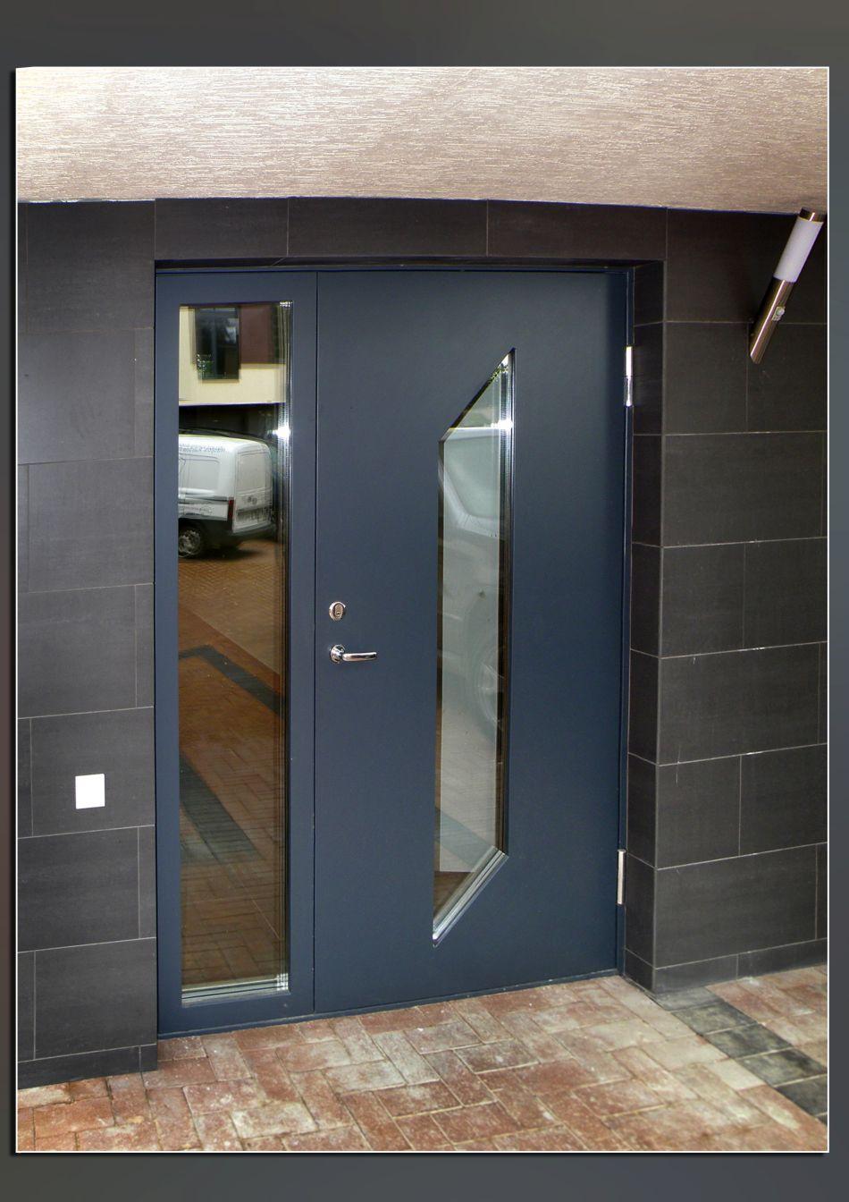 Communal Entrance Door To Stop Crime In Flats