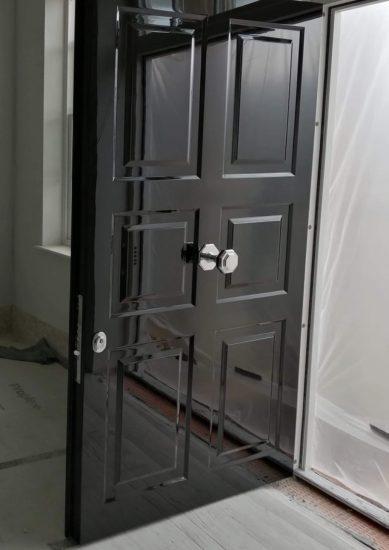 Fort Security Front Door With 100� Gloss Black Finish And Silver Door Opener